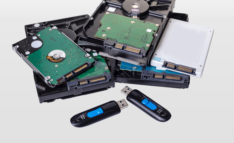 Assorted Computer Storage Devices